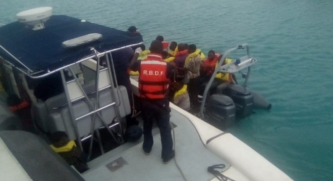187 Rescued From Small Raft Off Turks and Caicos Islands