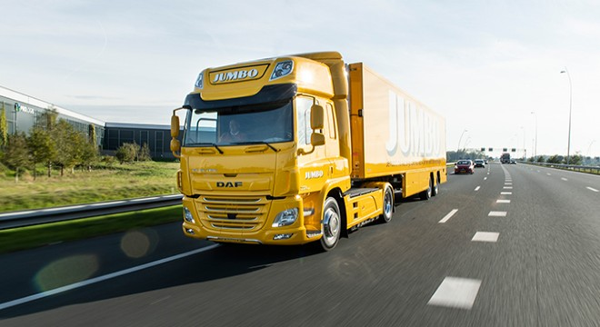 DAF TRUCKS DELIVERS ITS FIRST ALL-ELECTRIC TRUCK