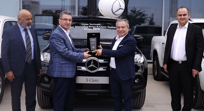 MERCEDES-BENZ TÜRK MAKES ITS FIRST X-CLASS FLEET DELIVERY