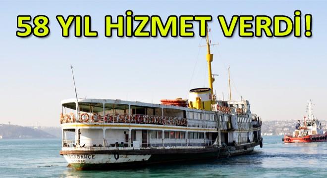 Tarihi Paşabahçe Vapuru Yenilenmek için Haliç'e Çekiliyor!